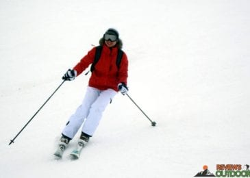 woman skiing in women ski pants